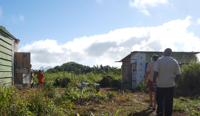 Cité Tôle, Malherbes : Père Mongelard pour la responsabilisation des squatters