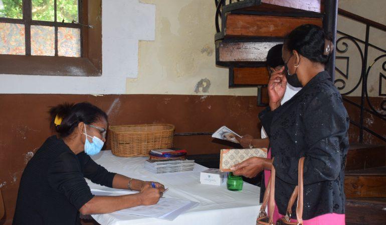 Messes en temps de pandémie : le prix de la sécurité