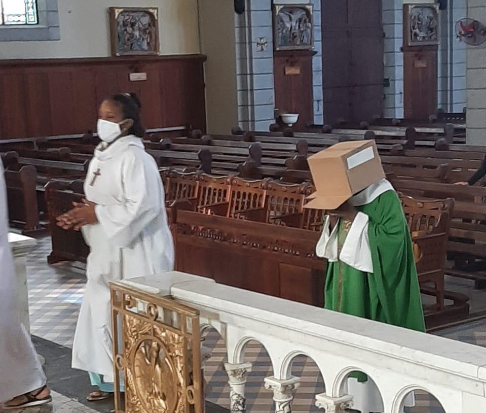 Père Jean-Maurice Labour: « Il faut penser an deor di bwat »
